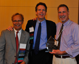 Dr. Lodding accepts president's award for his dedication to the oral systemic link